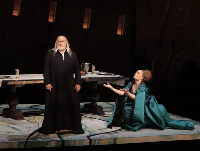 Plácido Domingo interpreta Francesco Foscari