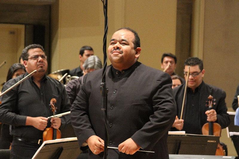 Del romanticismo a lo festivo con la Filarmónica