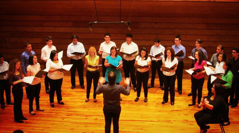Coro del Conservatorio de Música Simón Bolívar convoca audiciones 2013 para todas las cuerdas