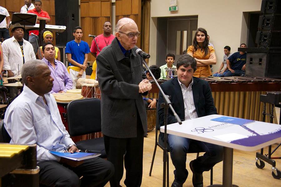El Sistema firma convenio de cooperación e intercambio con el Grupo Madera