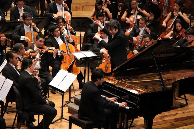 Gustavo Dudamel y Lang Lang en Caracas