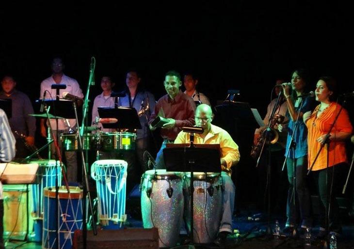 Orquesta Afro Venezolana Simón Bolívar festejó su aniversario al ritmo de parrandas y sangueos.