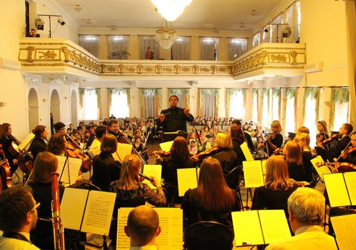 Músicos venezolanos realizan concierto en la capital de Bielorrusia