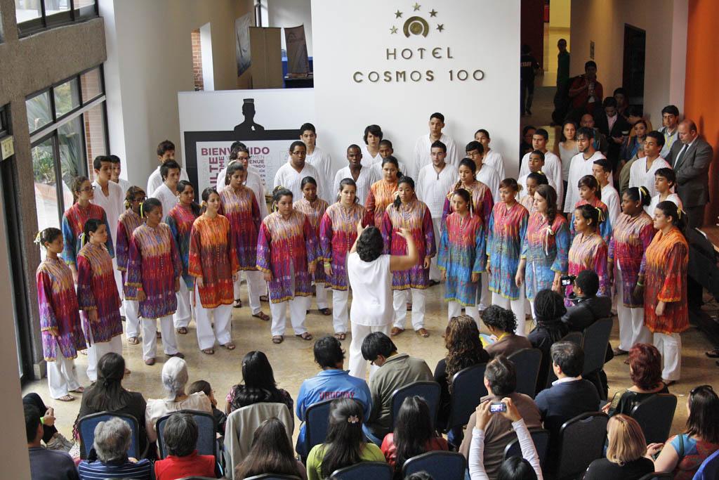 Foto Galería de la Schola Juvenil de Venezuela presente en Bogotá
