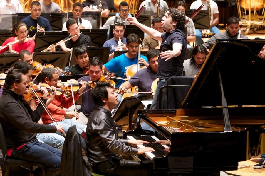Este primer concierto promete ser el inicio de una relación de actividades musicales y académicas entre Lang Lang y los músicos venezolanos.