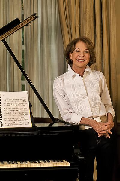 Sra. Carmen Leonor Santaella