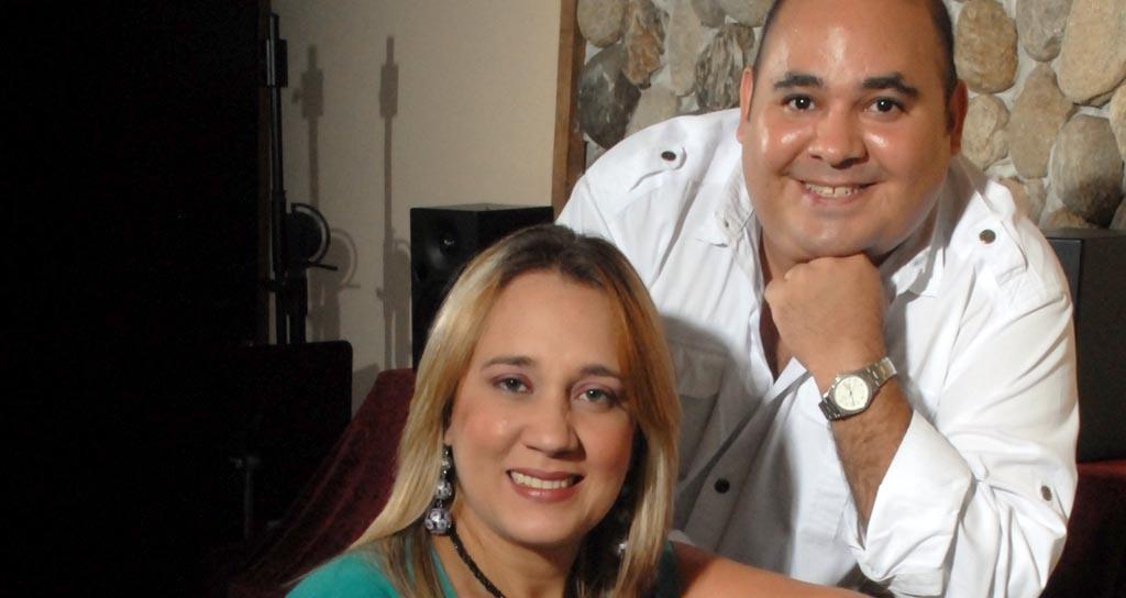 César Gómez y Zeneida Rodríguez comparten canciones de ellas y de ellos en Noches de Guataca