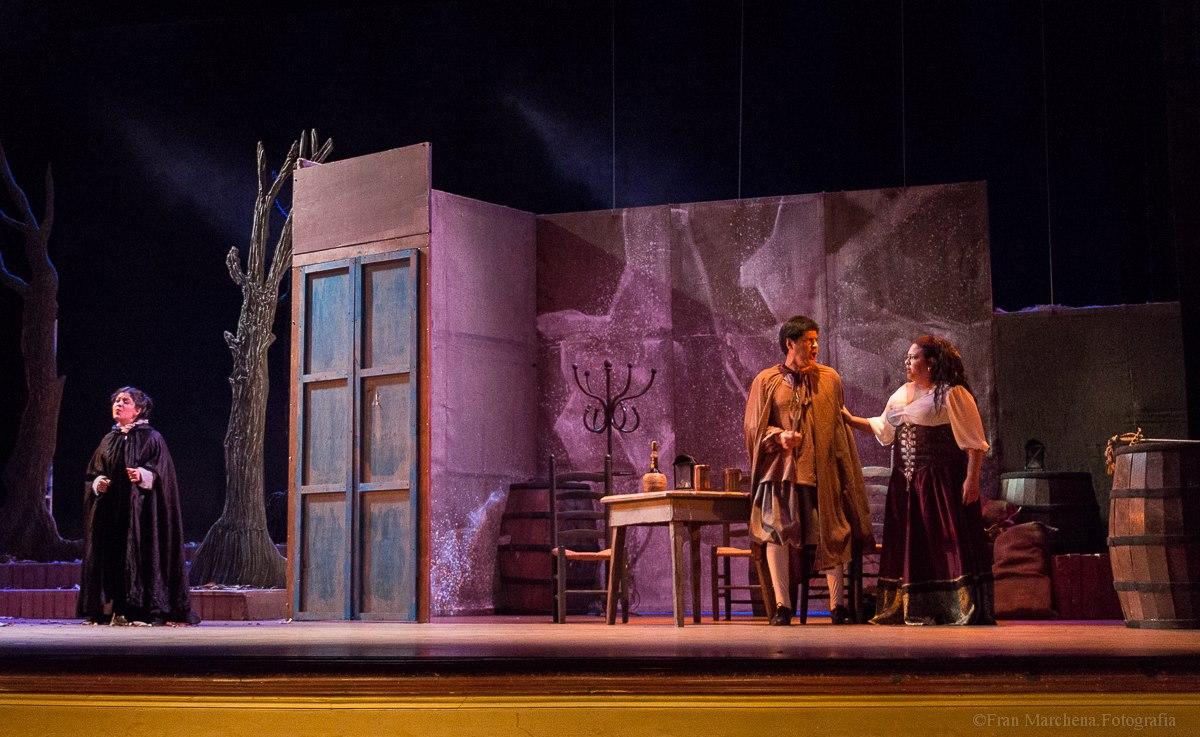 """Foto-Galería: """"Rigoletto"""" en el Teatro Municipal de Caracas"""