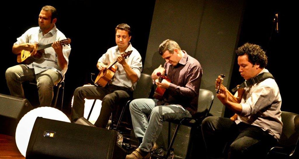 C4 Trío y Gualberto Ibarreto ganan tres premios Pepsi Music