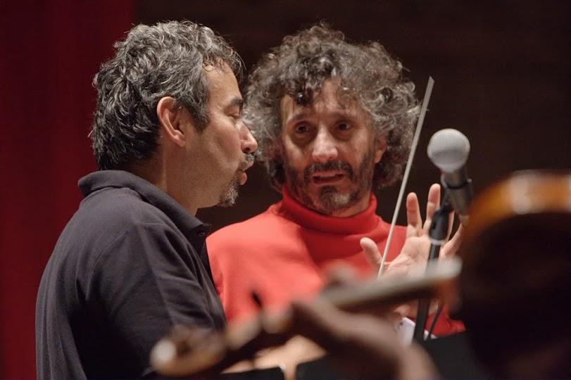 El maestro César Iván Lara y el compositor Fito Páez