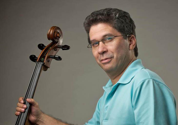 El maestro Germán Marcano dirige la Sinfónica de Miranda