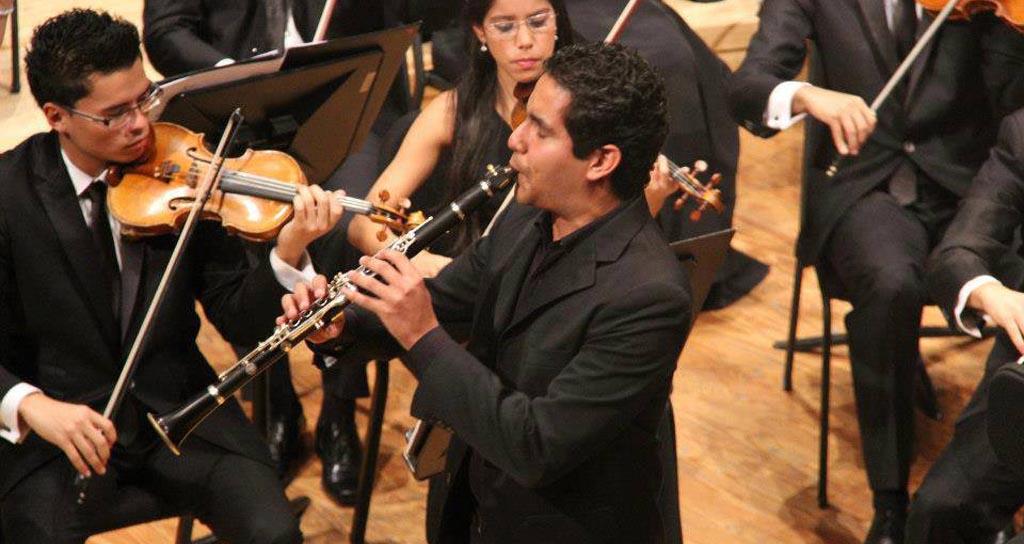Karim Somaza ofrece recital de clarinete junto al pianista Serguei Pylenkov