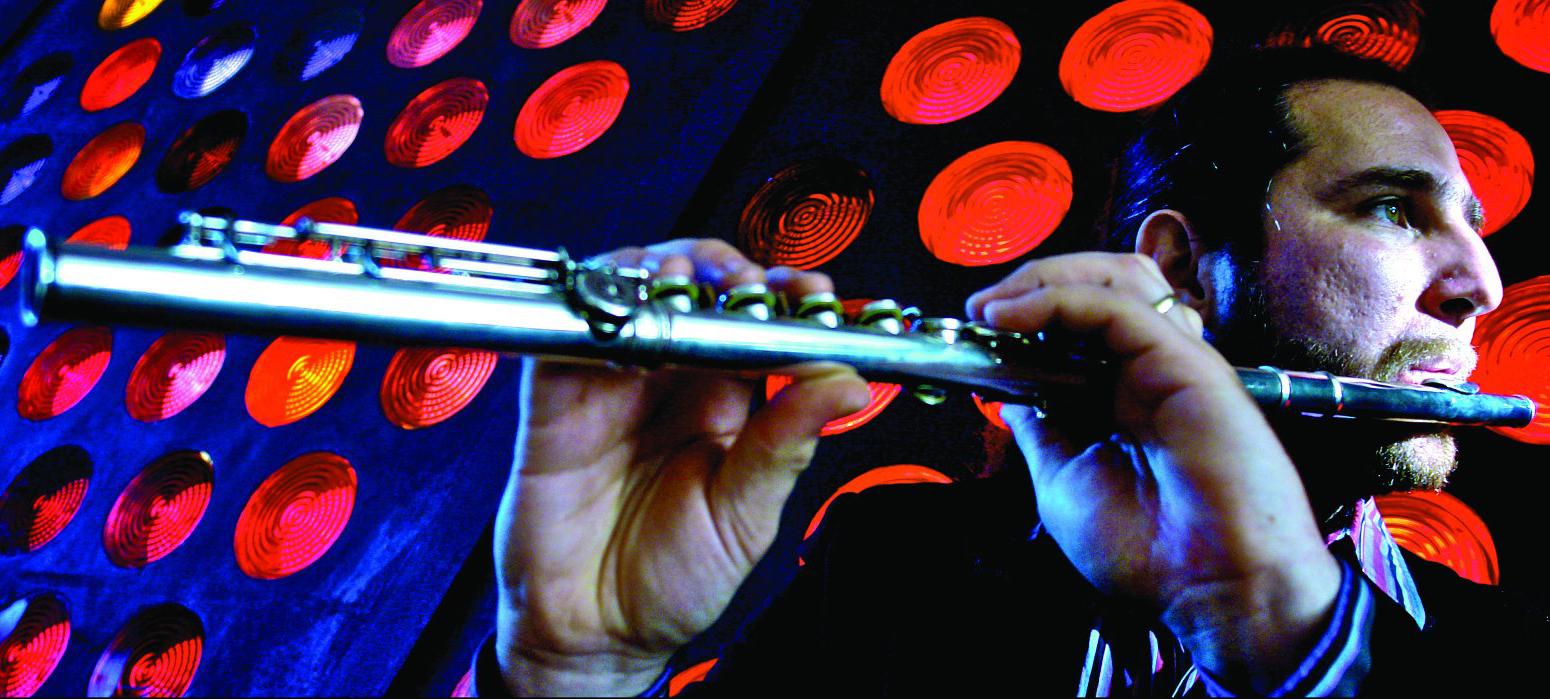 El flautista, arreglista y compositor, Efrain Oscher