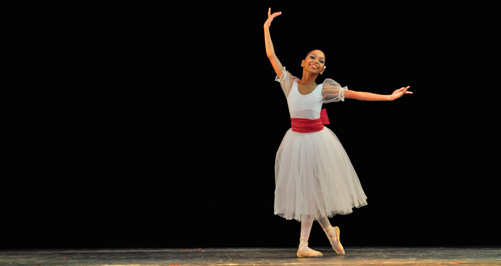 Cuatro Margariteños ganan becas para el Joffrey Ballet de Nueva York