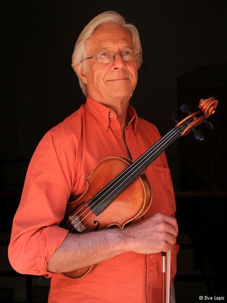 El violinista uruguayo Jorge Risi es un músico polifacético.