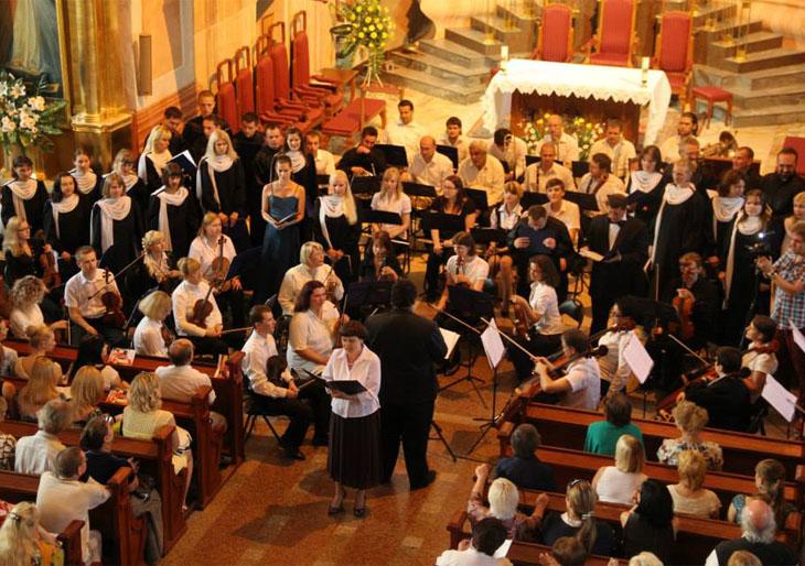 """Venezuela se hace sentir en el XX Festival de Música Sacra """"Dios Poderoso"""" en Bielorrusia"""