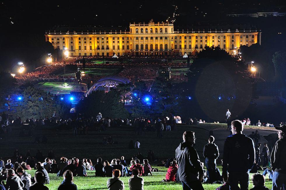El Concierto Nocturno de Verano se celebra en los jardines del Palacio de Schönbrunn. / José Miguel Roncero