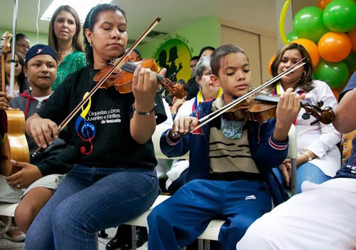 El Programa Hospitalario de El Sistema lleva esperanzas a través de la música