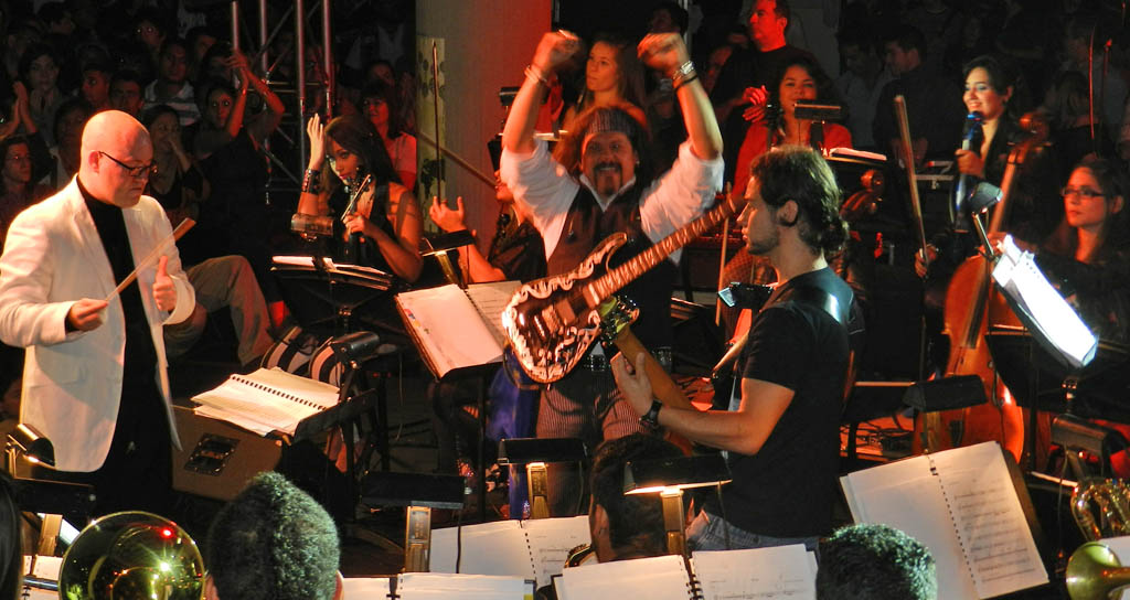 Orquesta de Rock Sinfónico Simón Bolívar se presenta en Colombia