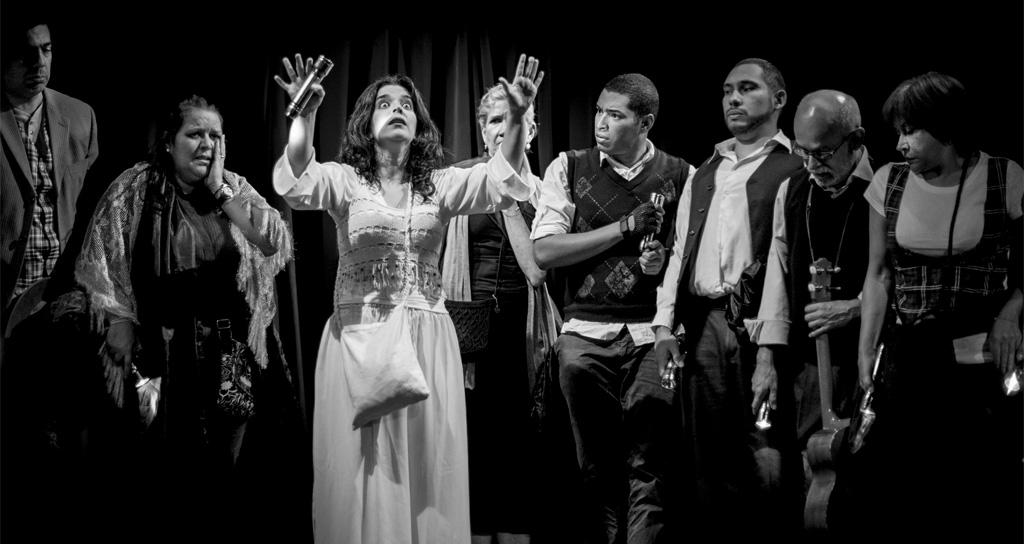 """""""Cantos de Aparecidos"""" se despide del Teatro Premium"""