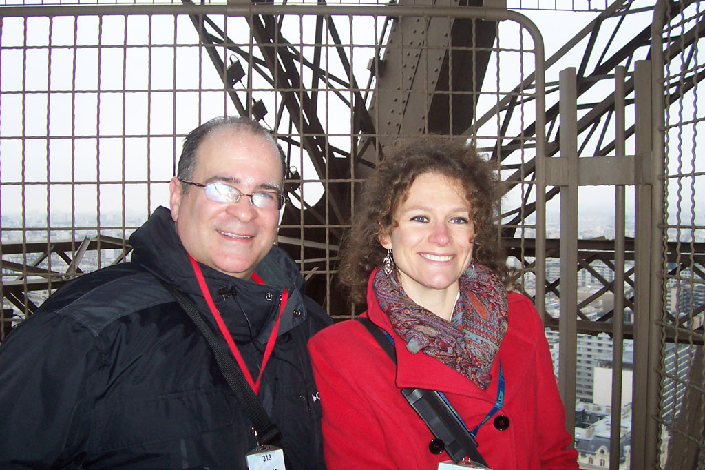 JAN-8-PIX-AT-EIFFEL-TOWER-009