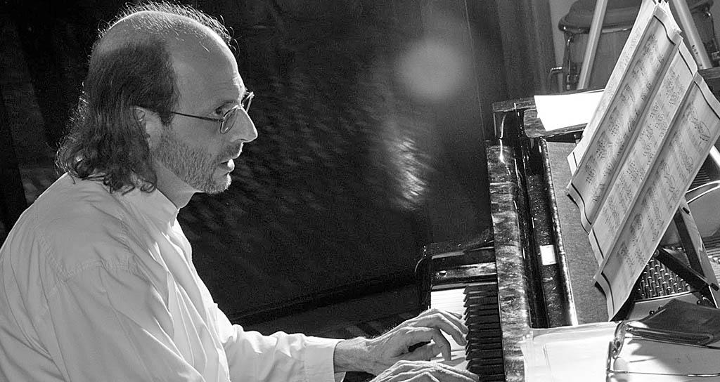 Escuela de Música Mozarteum Caracas rinde homenaje al compositor Carlos Duarte en su X Aniversario
