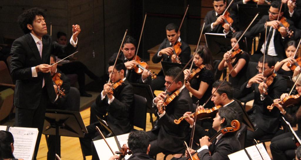 Foto Galería | Rafael Payare junto a sus hermanos de la Orquesta Sinfónica Simón Bolívar de Venezuela