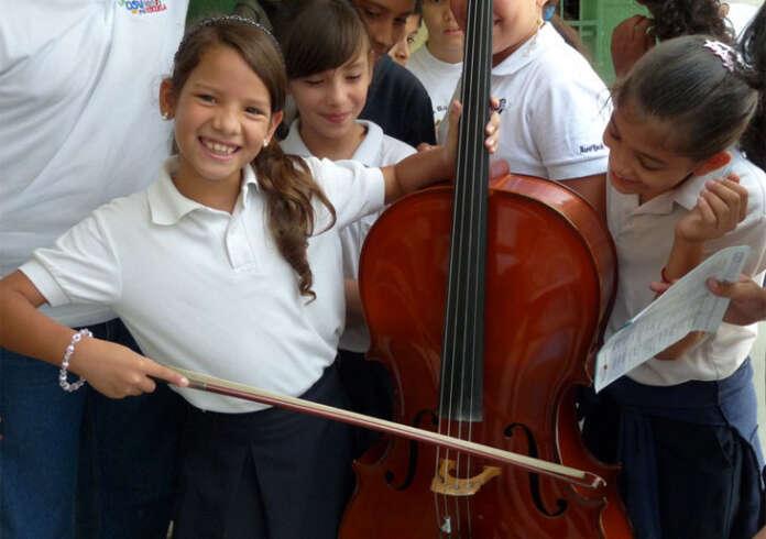 La Sinfónica de Venezuela en la escuela