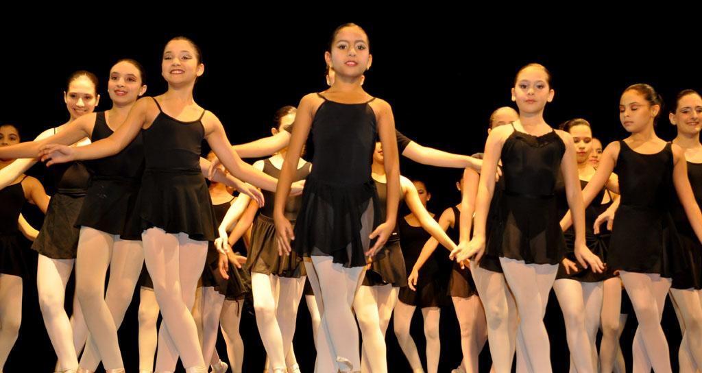 En vacaciones a bailar con Ballet de la Mar