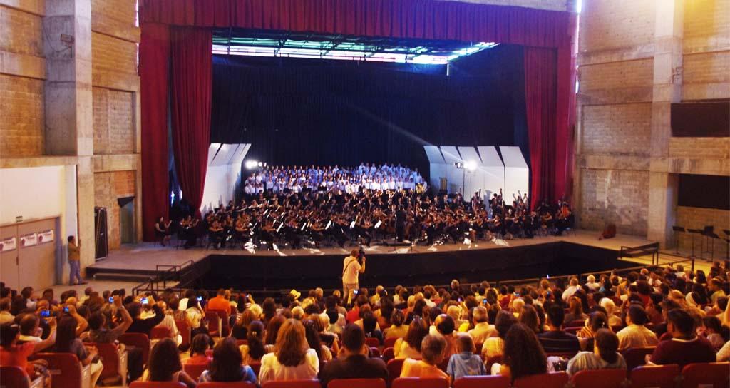Imponente concierto de la Juvenil Carabobo en el Aula Magna de la UC