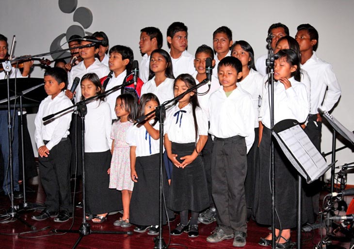 Coro Infantil Kanaima en el Centro Cultural B.O.D.- Corp Banca