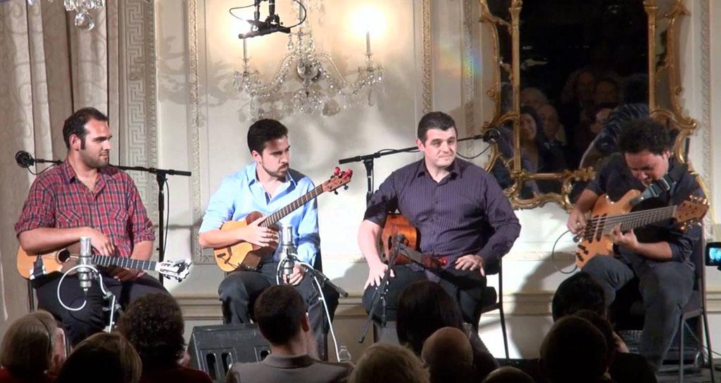 C4Trío rasgará sus cuerdas por los 130 años del Teatro Baralt