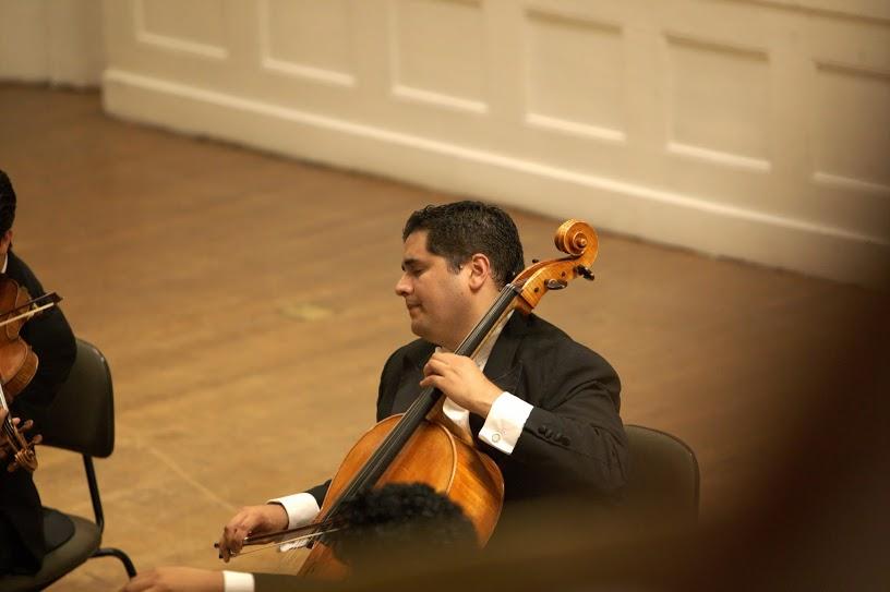 El chelo del cuarteto es el destacado músico Aimon Mata, original de Carúpano, estado Sucre