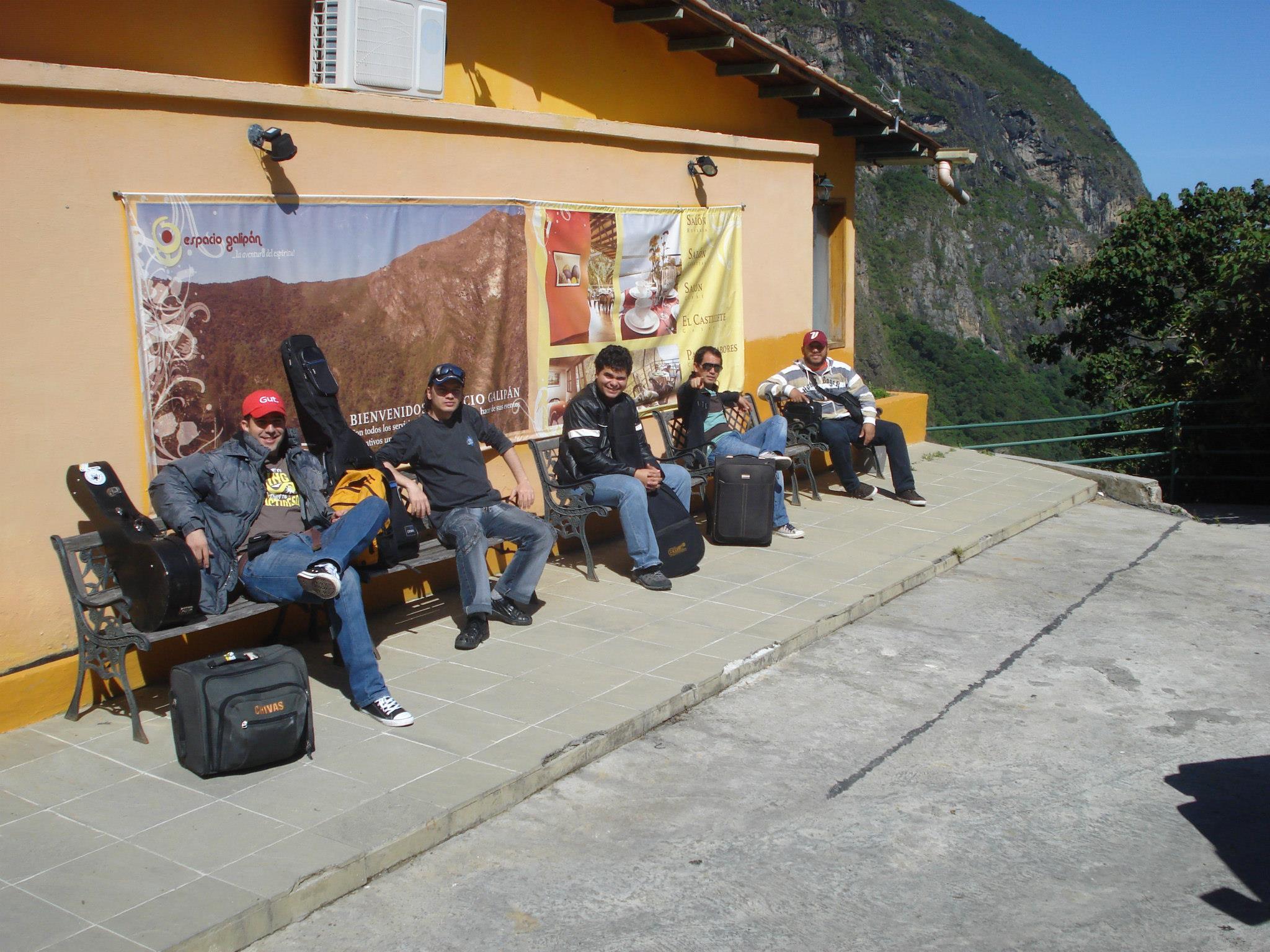 EN Cafeconser Espacio Galipan — con Mayeli De Marchán, Argenis Alexander Corvo Urbano, Espacio Galipan Cafeconser, Rafael Marchan, Rafael Nieto, Ensamble Percujazz y Sergio Escobar.