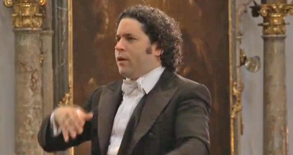 Gustavo Dudamel dirigió la Misa en do menor de Mozart en Salzburgo