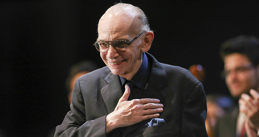 Maestro Abreu: La música es un arte para sembrar valores positivos