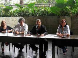 de izqu a derecha: La Nena Márquez, Prof, Alejandro Montes de oca, Ruddy Márquez y la periodista Evelyn Navas