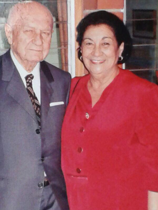 El Maestro Friedman y Elvia Argüello de Friedman