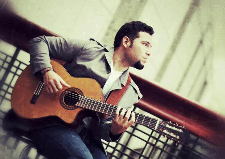 José Alejandro Paredes presenta sus nuevas canciones en Noches de Guataca