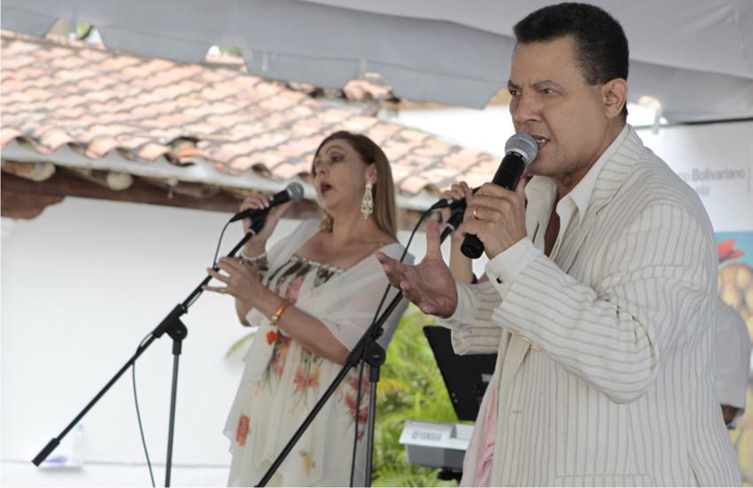 Rudy Márquez: 50 años conquistando con romanticismo