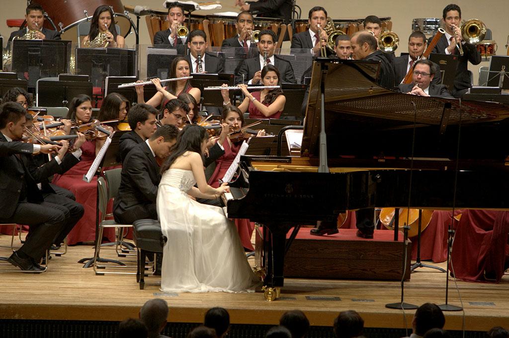 Sinfónica Juvenil de Caracas y Mami Hagiwara Hiroshima