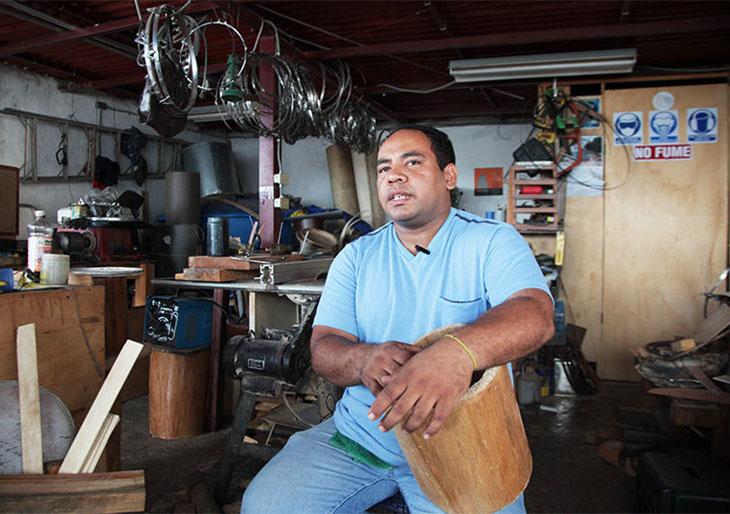 Celebra con Willy Mayo Instrumentos: 20 años como hacedor de tambores
