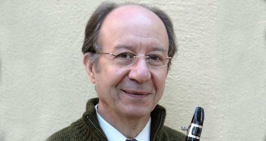 Luis Rossi toca con la Simón Bolívar después de 30 años de trabajo con El Sistema