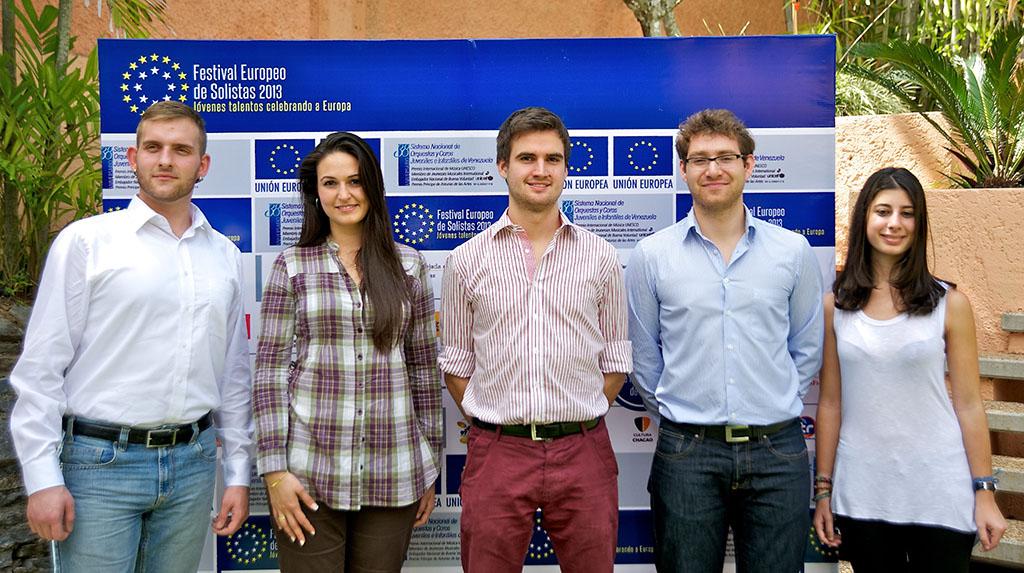 de izquierda a derecha:  Vasilio Manis, Alemania Anabel Montesinos, España Bernhard Mitmesser, Austria Michal Karol Szymanowski, Polonia Ylenia Cimino, Italia
