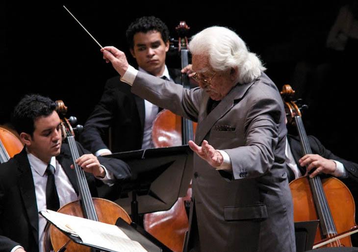 La Orquesta Sinfónica Juvenil Inocente Carreño debutará este lunes en la Sala Simón Bolívar