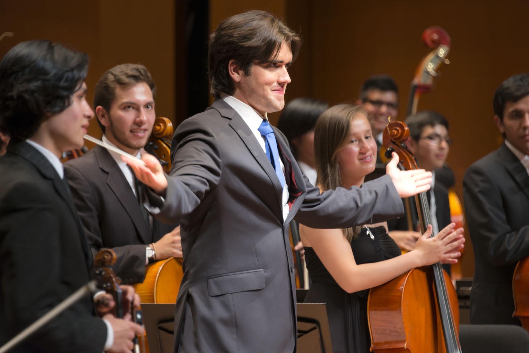 Manuel López-Gómez y la Orquesta Sinfónica Metropolitana Batuta de gira por Venezuela