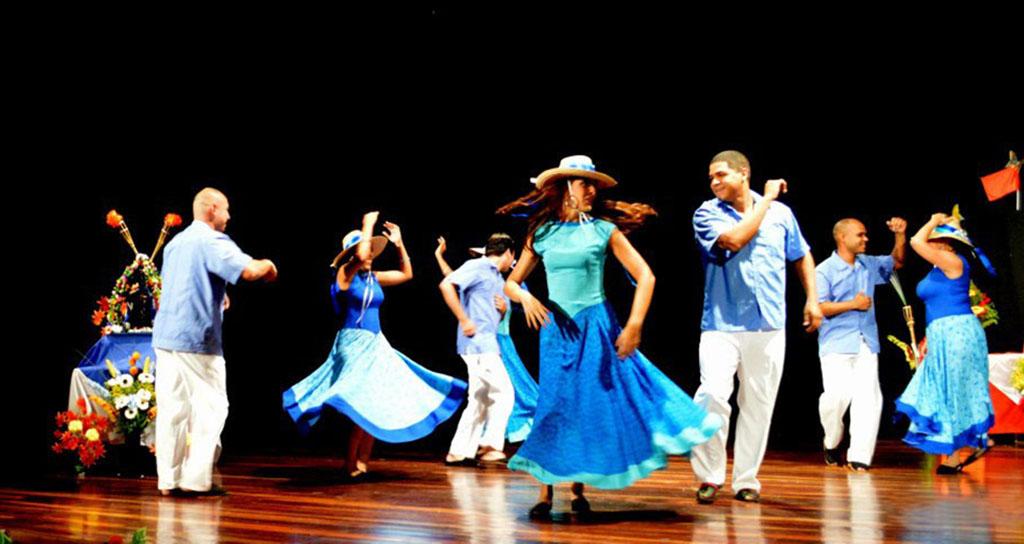 Fiesta de música y luz en honor a La Candelaria