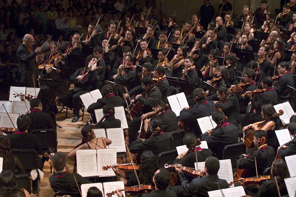 Orquesta Sinfónica Simón Bolívar de Venezuela dirigida por el Maestro José Antonio Abreu