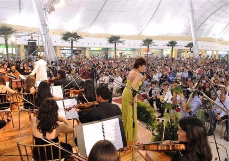 Cultura Chacao presenta concierto de Floria Márquez el Día de la Madre en la Plaza Los Palos Grandes