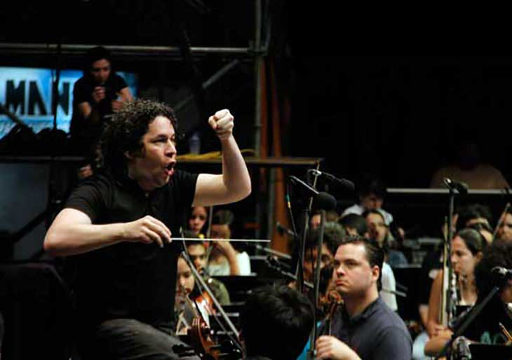 Gustavo Dudamel invoca a la paz